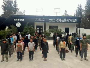 Syrian children recruited by ISIL