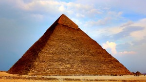 Theft of the pyramids - stone by stone